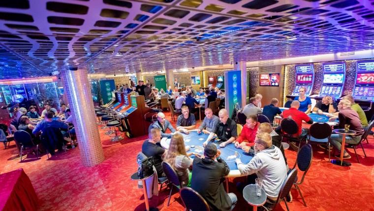 Suurtehing Eesti kasiinoturul: Fenikss omandab Casino Grand Prix!