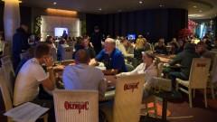 Mängijad peagi kolmes lauas
