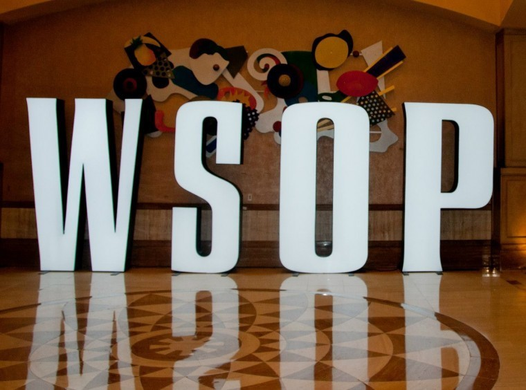 Naised said WSOP-l käe valgeks