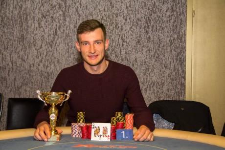Ida-Virumaa pokkerikarika võitis narvakas Kirill Vaninov