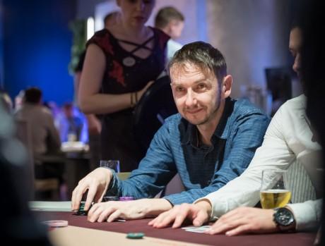 Juuli Paf Live tõi kasiinosse üllatuslikult ligi 100 mängijat